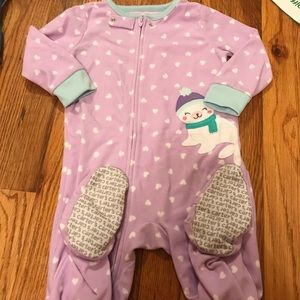 Guc adorable seal pjs